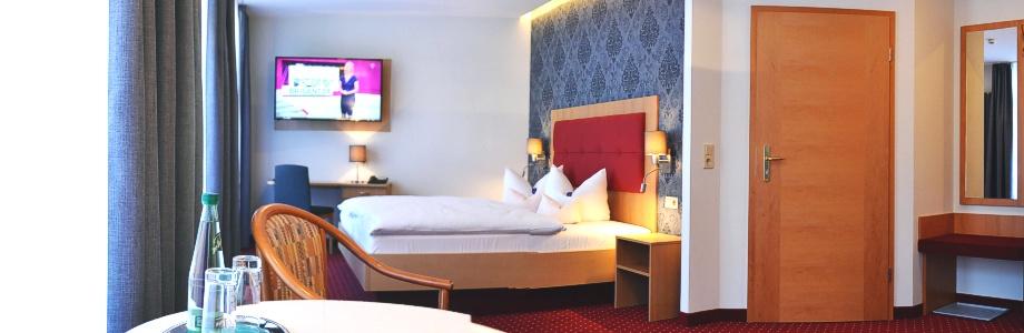Doppelzimmer Parterre 102 Hotel-Pension Vier Jahreszeiten